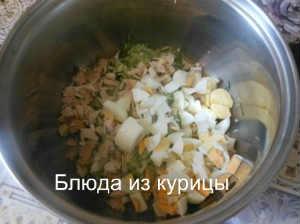 окрошка с курицей_нарезать яйца
